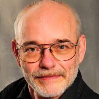 Tom Ernst freiberuflicher Mitarbeiter bei Hausarbeiten Lektorat